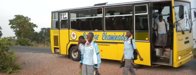 Mini-bus du collège Chaminade